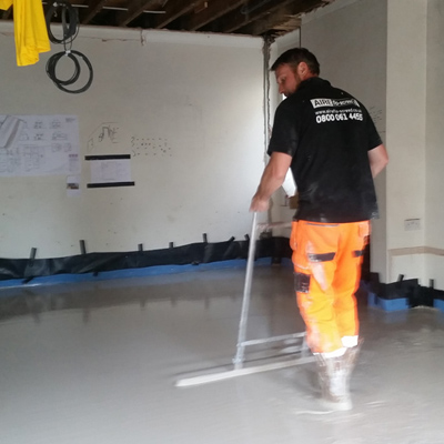 Skilled screed layers available to lay your screed